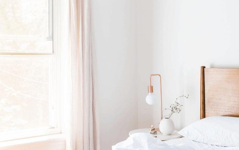 寝室_ベッド